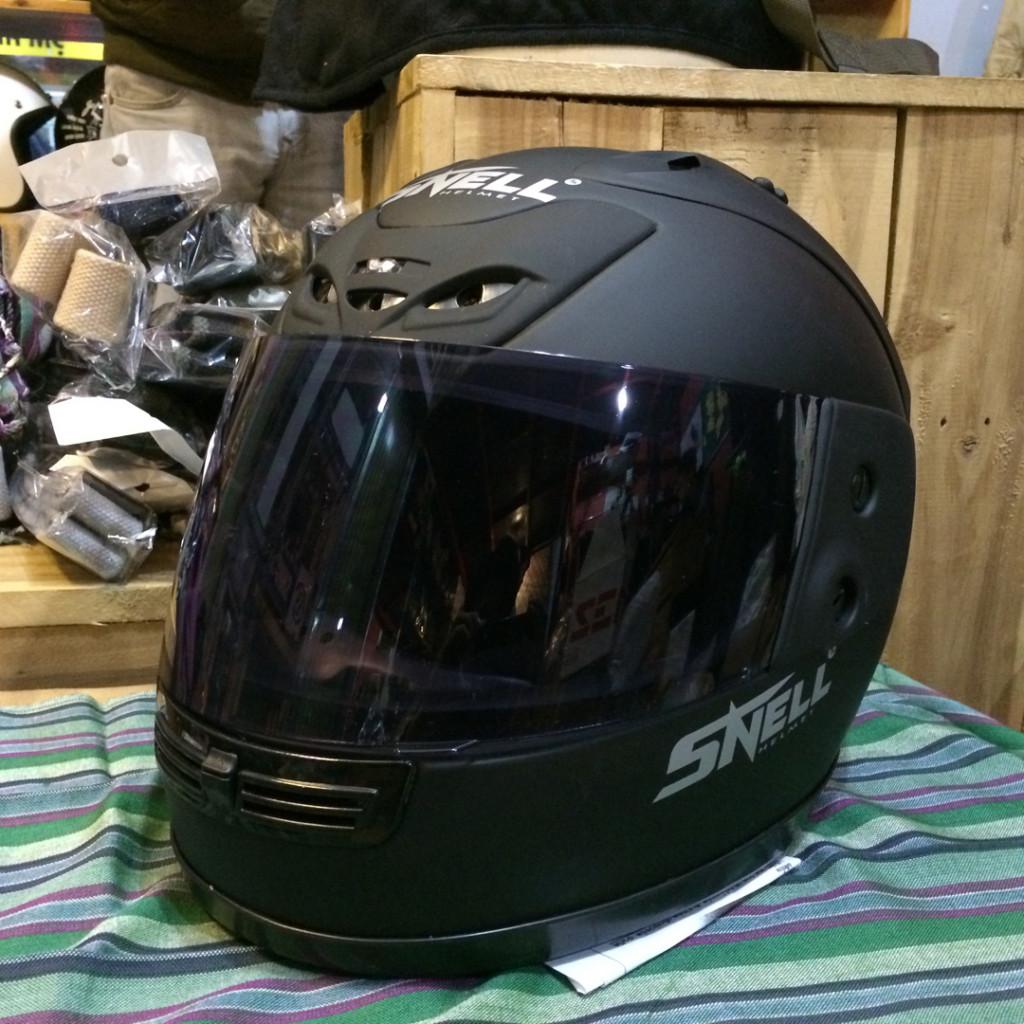 mũ bảo hiểm chính hãng Snell