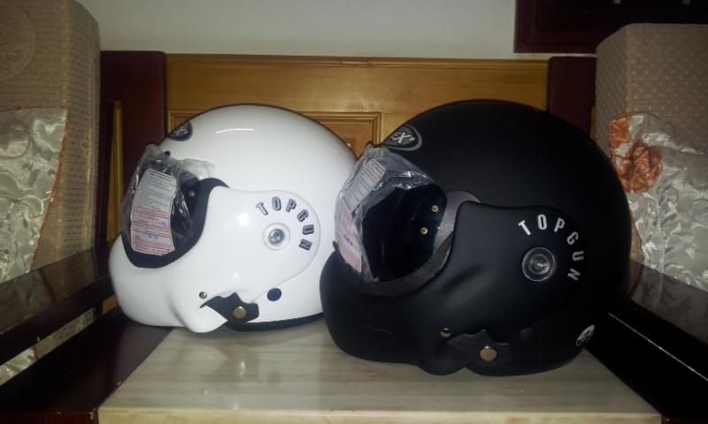 mũ bảo hiểm lật hàm Avex topgun màu trắng