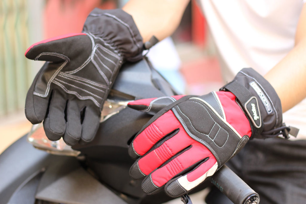 găng tay dài ngón cho xe máy