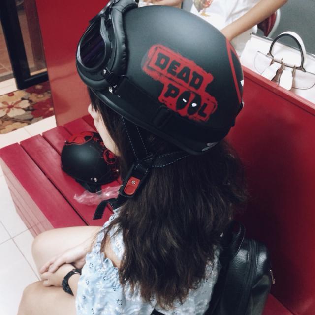 mua mũ deadpool chính hãng